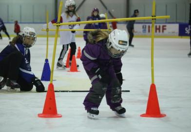Get skøyte- og hockeyskole starter opp igjen 10. januar