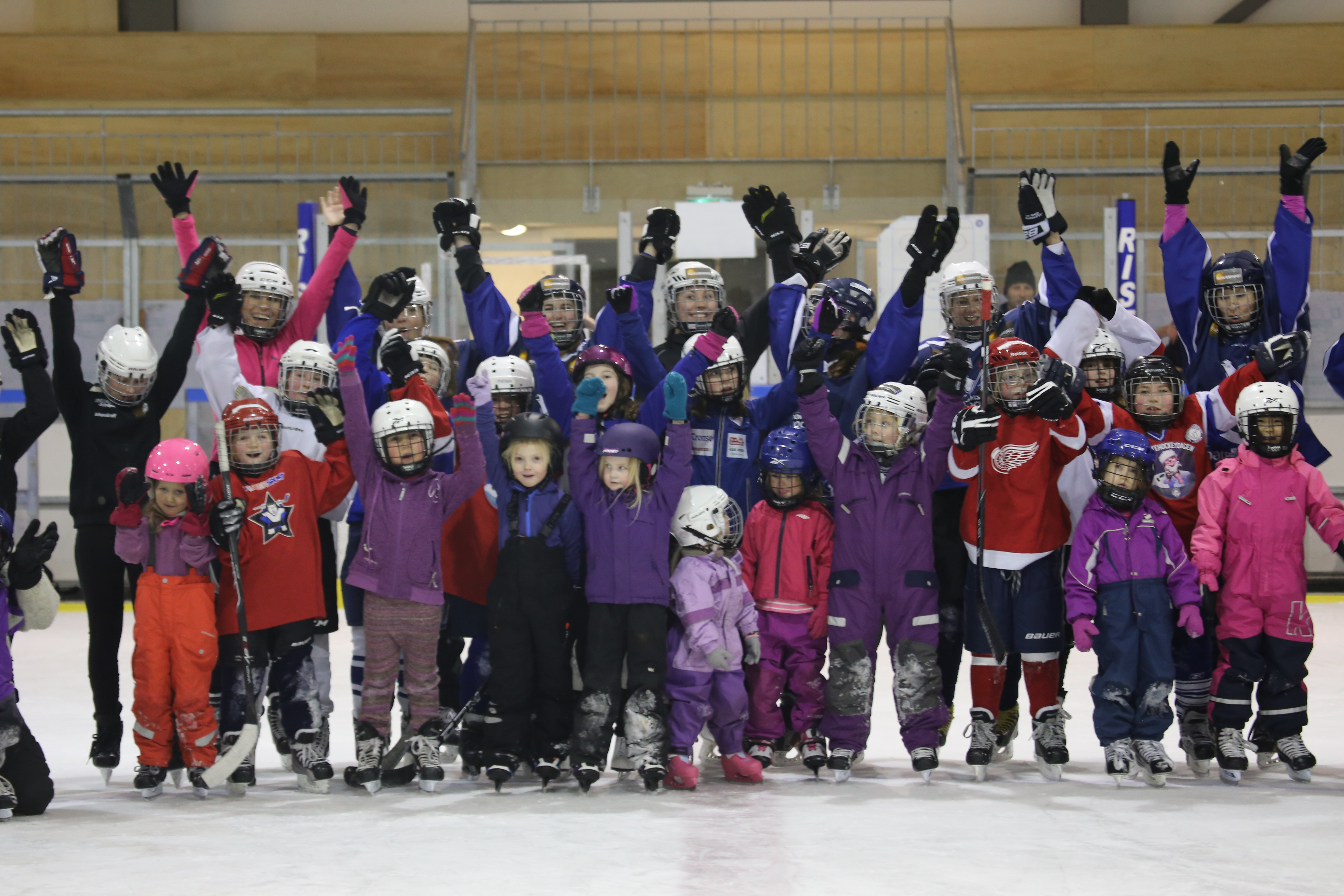 Jentehockey 7